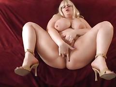 Chunky babe Tiffany Blake gets hammered