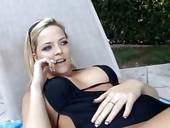 Alexis Texas takes a break from sunbathing to fuck