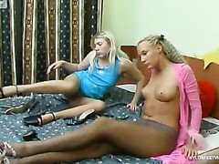 Tessa&Sylvia nasty nylon feet action