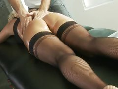 Blistering babe Sue Diamond get her ass oiled up